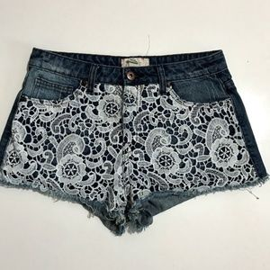 Forever 21 Jean Shorts Womens Size 26 Embroidered